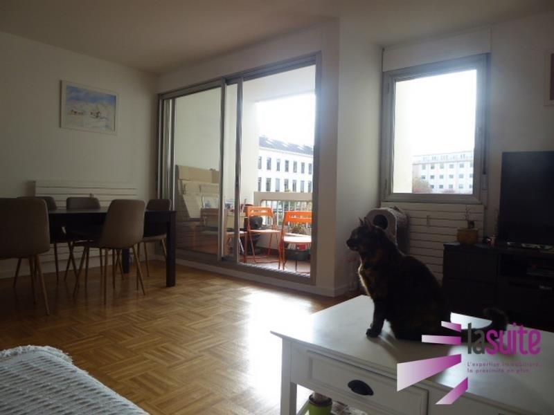 Sale apartment Lyon 3ème 350000€ - Picture 2