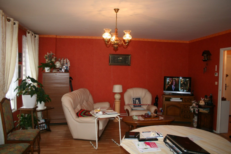 Sale apartment St omer 105 000€ - Picture 3