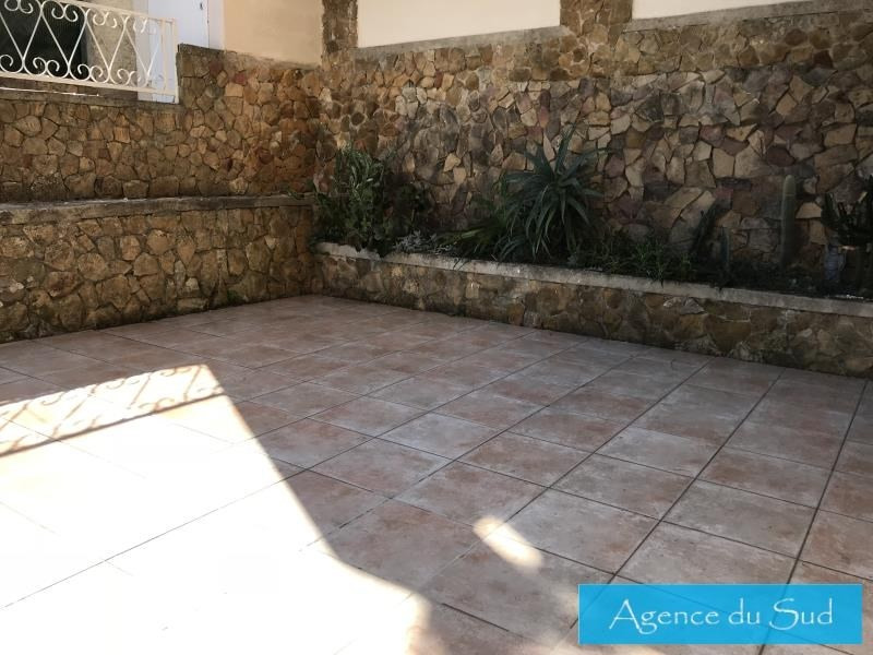 Location maison / villa Carnoux en provence 1 200€ CC - Photo 2