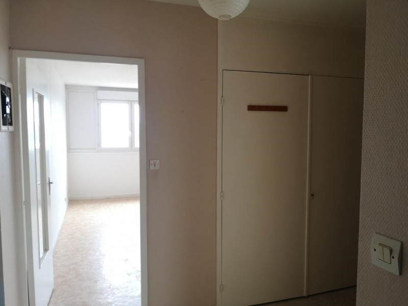 Sale apartment Angers 96300€ - Picture 7