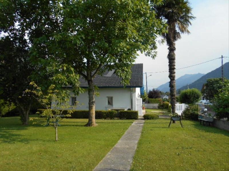 Sale house / villa Arudy 174000€ - Picture 1