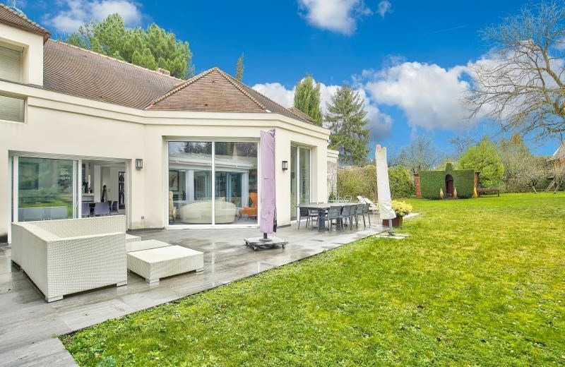 Deluxe sale house / villa Noisy le roi 1 800 000€ - Picture 1