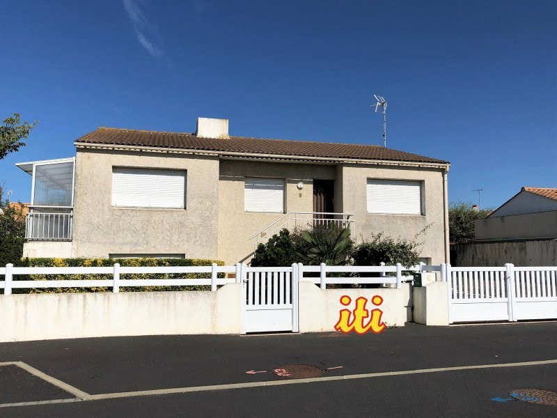 Sale house / villa Chateau d olonne 295000€ - Picture 1