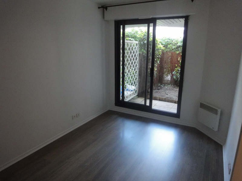 Alquiler  apartamento Le chesnay 990€ CC - Fotografía 5