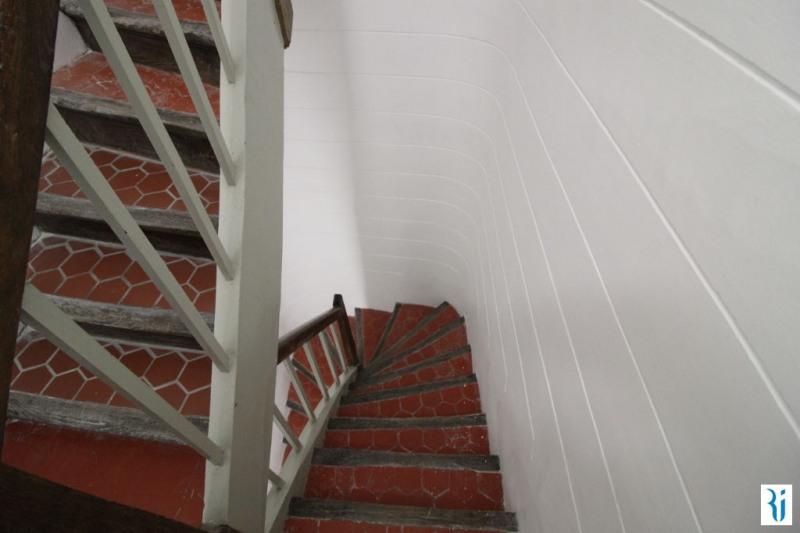 Sale apartment Rouen 79500€ - Picture 2