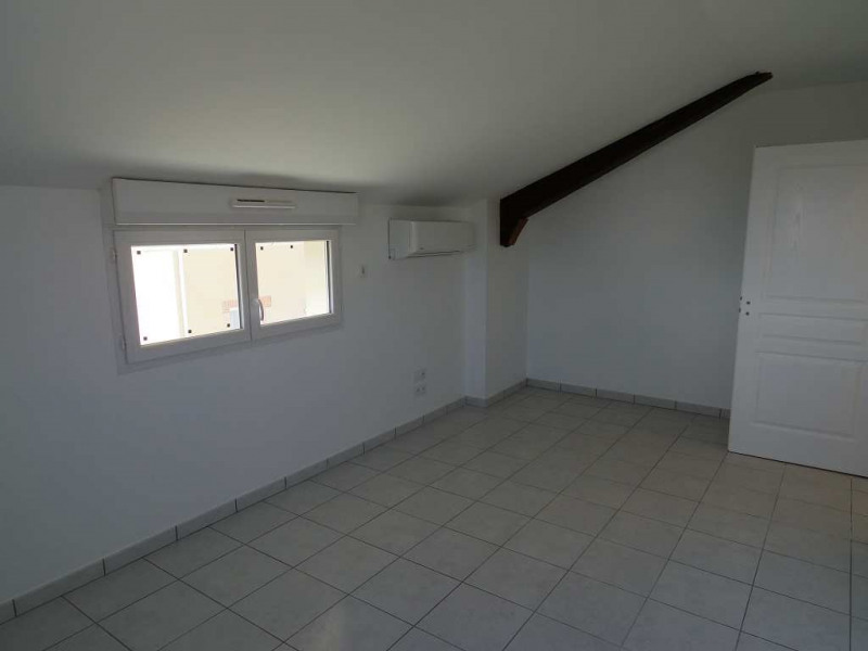 Location maison / villa Montastruc la conseillere 907€ CC - Photo 6