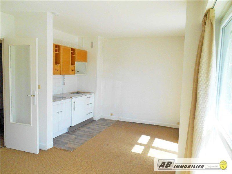 Rental apartment Chambourcy 595€ CC - Picture 3