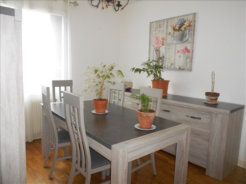 Location maison / villa Gouaix 800€ CC - Photo 1