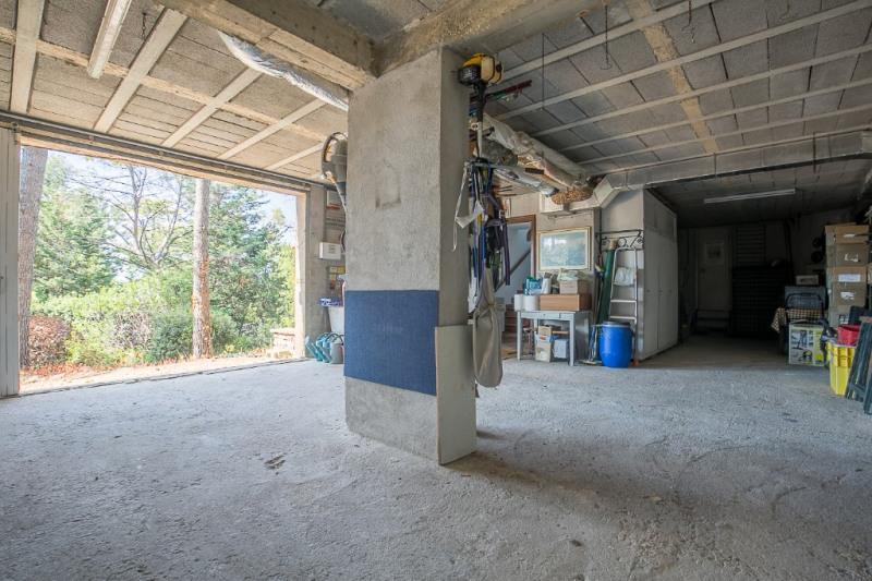 Vente de prestige maison / villa Cabries 750000€ - Photo 12