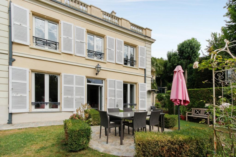 Deluxe sale apartment Bougival 730000€ - Picture 8