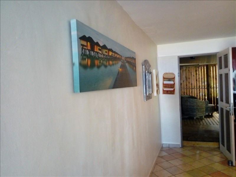 Sale apartment Les avirons 216000€ - Picture 4