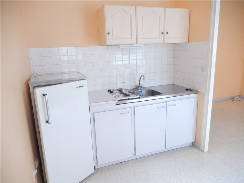 Rental apartment Le puy en velay 289,79€ CC - Picture 2