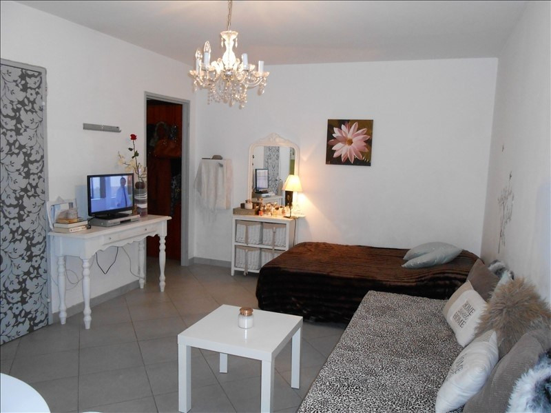Sale apartment Le golfe juan 105 000€ - Picture 1