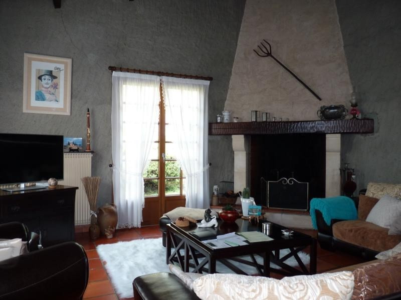 Sale house / villa Les clouzeaux 212 000€ - Picture 3