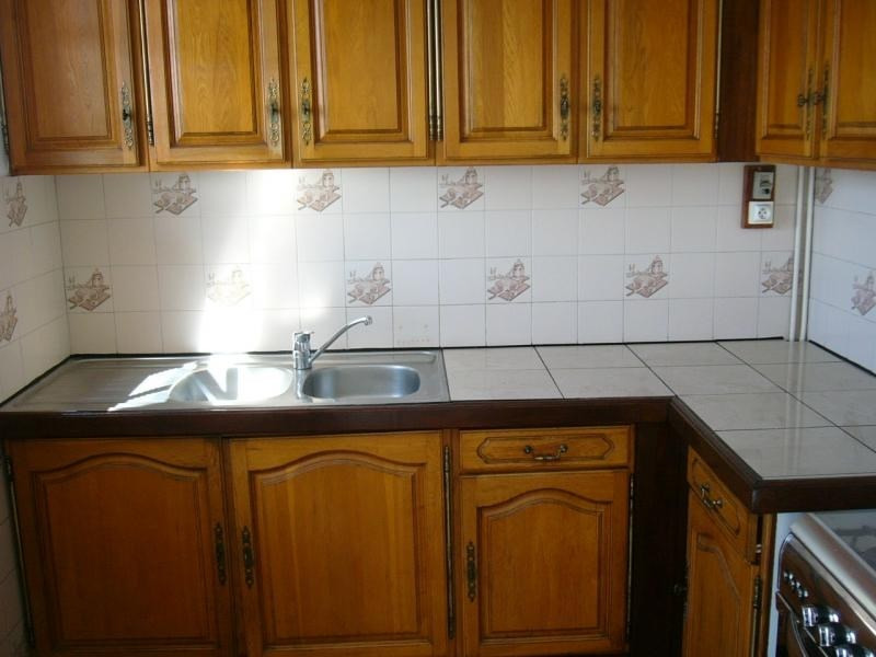 Rental house / villa St denis 1 045€ CC - Picture 4