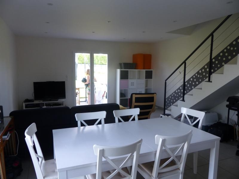 Rental house / villa Chateauvilain 875€ CC - Picture 3