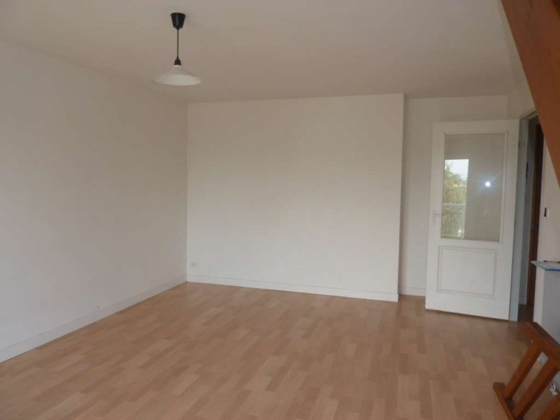 Location appartement Pontivy 437€ CC - Photo 2