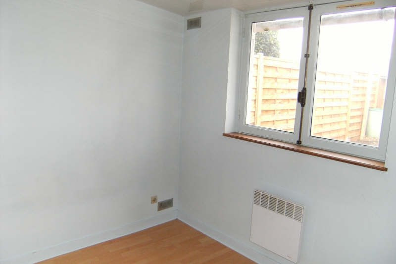 Location maison / villa Chatellerault 415€ CC - Photo 5