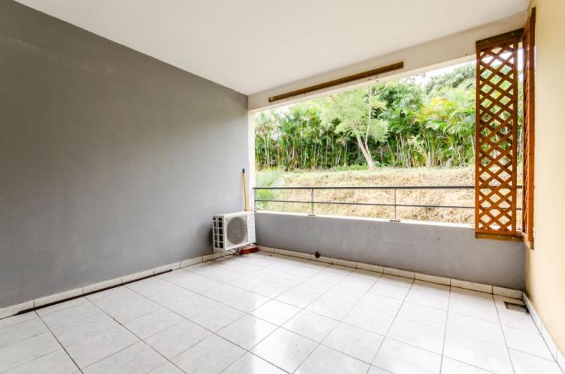 Sale apartment Saint pierre 128000€ - Picture 2