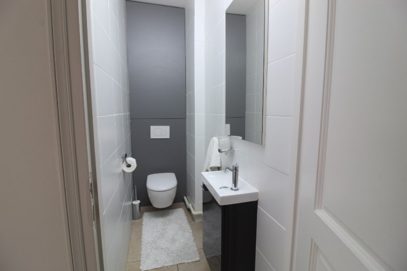 Vente appartement Hyeres 367500€ - Photo 11