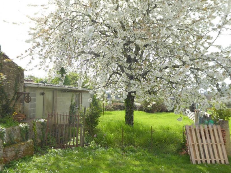 Sale house / villa Cherves-richemont 96750€ - Picture 17