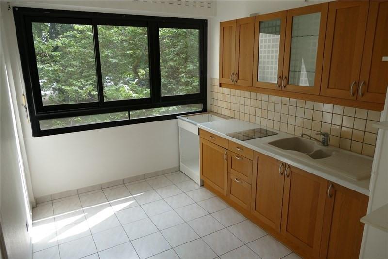 Rental apartment Verrieres le buisson 1115€ CC - Picture 3