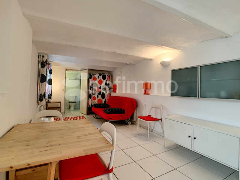 Location appartement Marseille 16ème 450€ CC - Photo 1