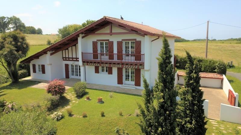 Deluxe sale house / villa Ahetze 892500€ - Picture 2