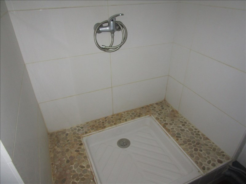 Rental apartment Carcassonne 360€ CC - Picture 2