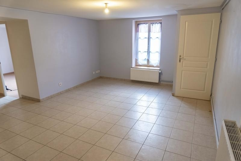 Rental apartment Nantua 447€ CC - Picture 1