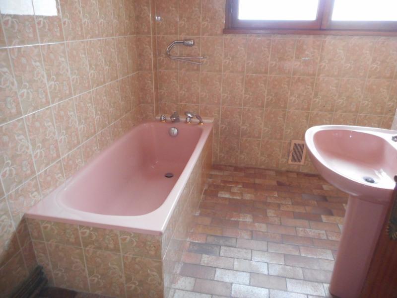 Sale apartment Lons-le-saunier 115000€ - Picture 4