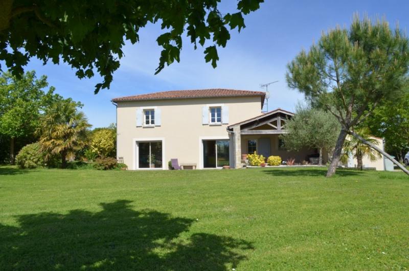 Vente maison / villa Fontenay le comte 330400€ - Photo 1
