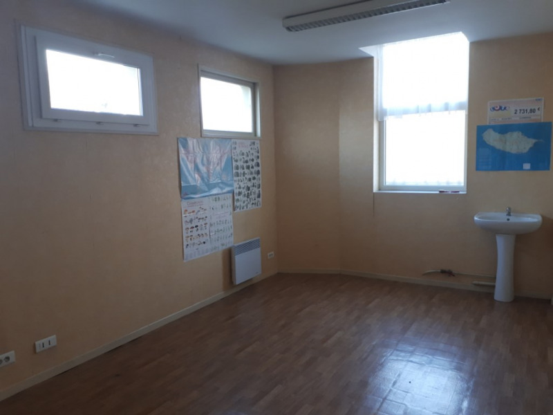Location local commercial Saint omer 300€ CC - Photo 4