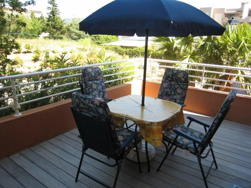 Vacation rental apartment Cavalaire 500€ - Picture 6