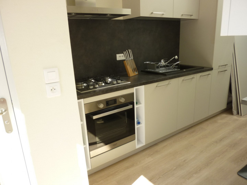 Location appartement Lille 540€ CC - Photo 3