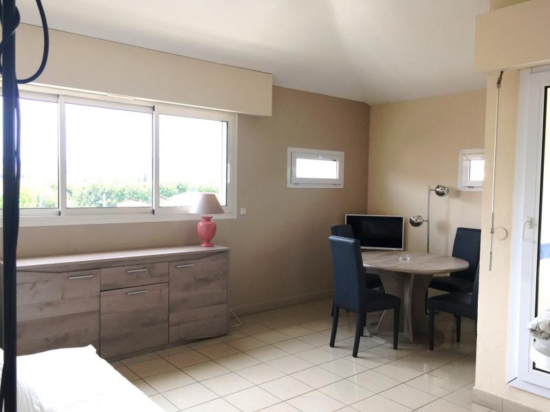 Location appartement Fréjus 680€ CC - Photo 2