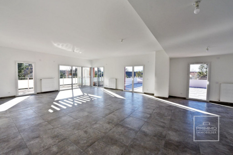 Deluxe sale apartment Dardilly 870000€ - Picture 1