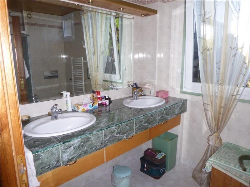 Sale house / villa Villemomble 362250€ - Picture 12