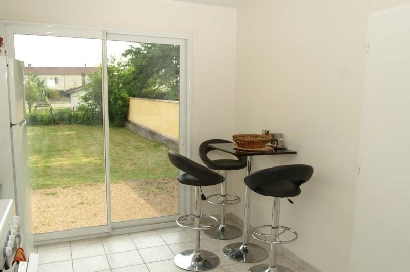 Rental house / villa Bourgoin jallieu 880€ CC - Picture 4
