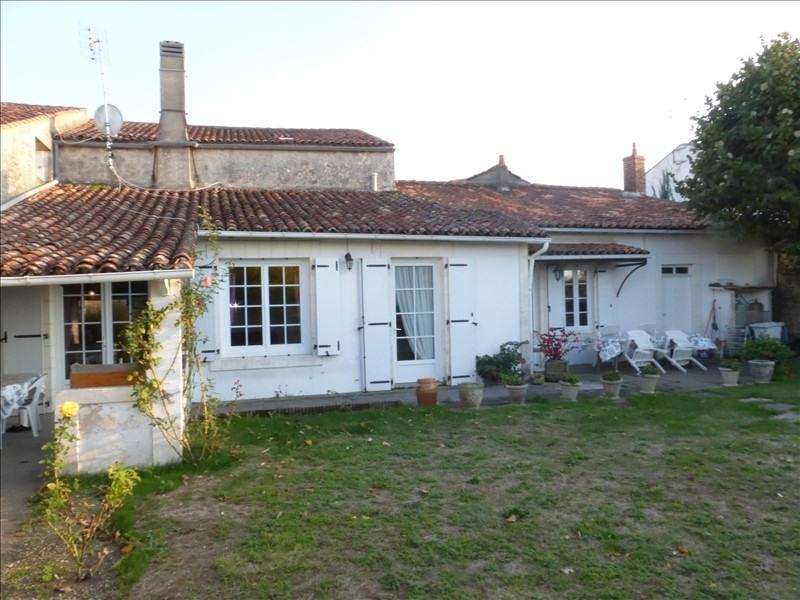 Deluxe sale house / villa St laurent de la pree 332000€ - Picture 2
