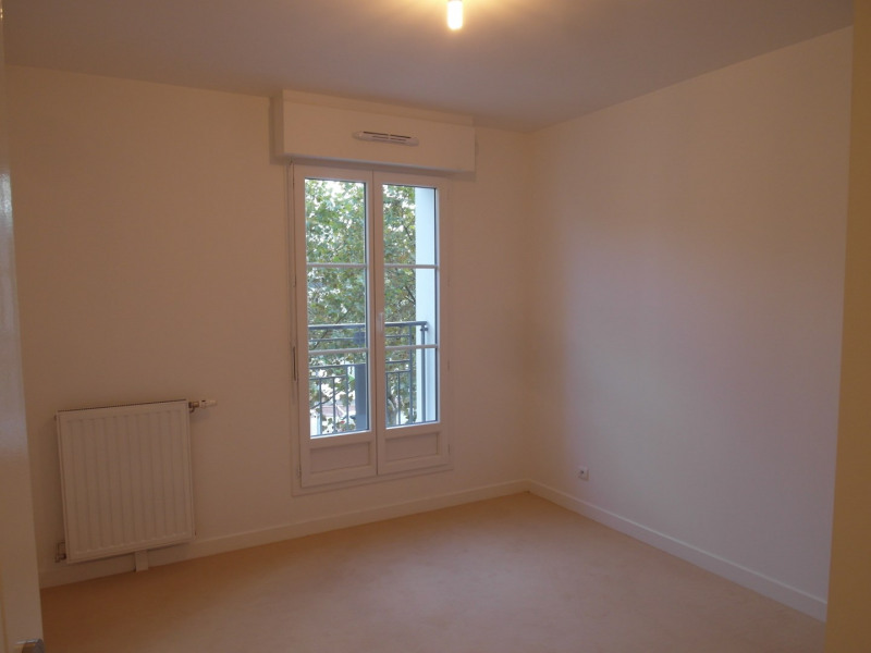 Rental apartment La garenne-colombes 1 268€ CC - Picture 7