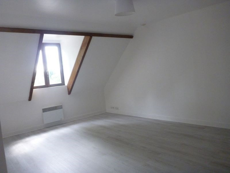 Rental apartment La ferte alais 510€ CC - Picture 2