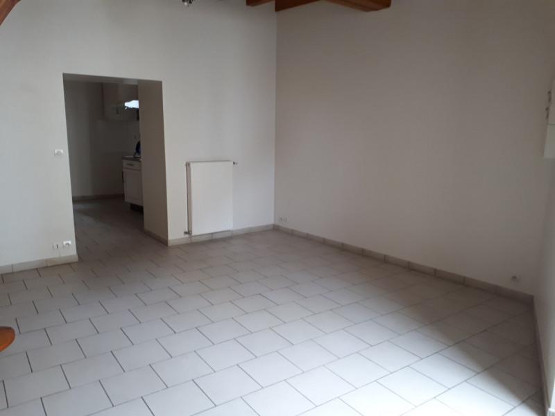 Location maison / villa Castres-gironde 600€ CC - Photo 3