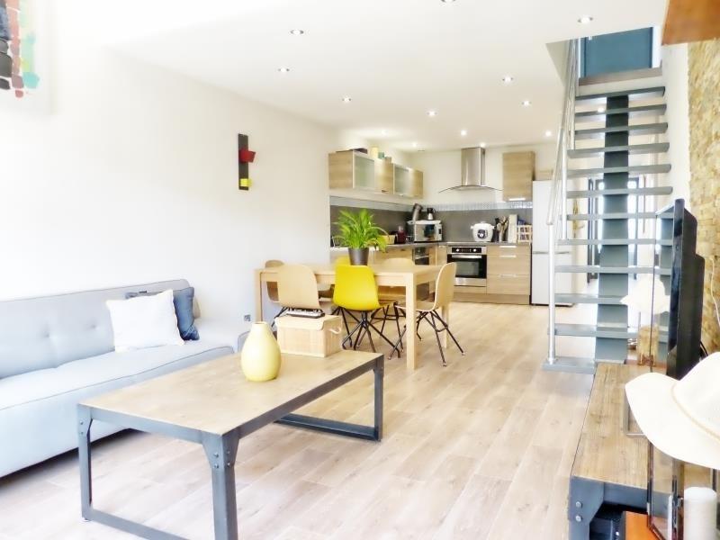 Sale apartment Cluses 200000€ - Picture 1
