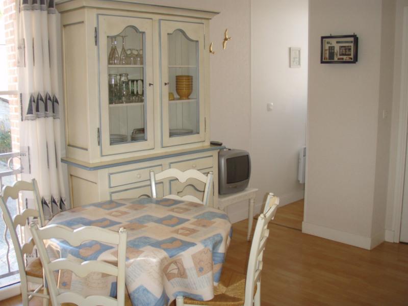 Location appartement Honfleur 360€ CC - Photo 1