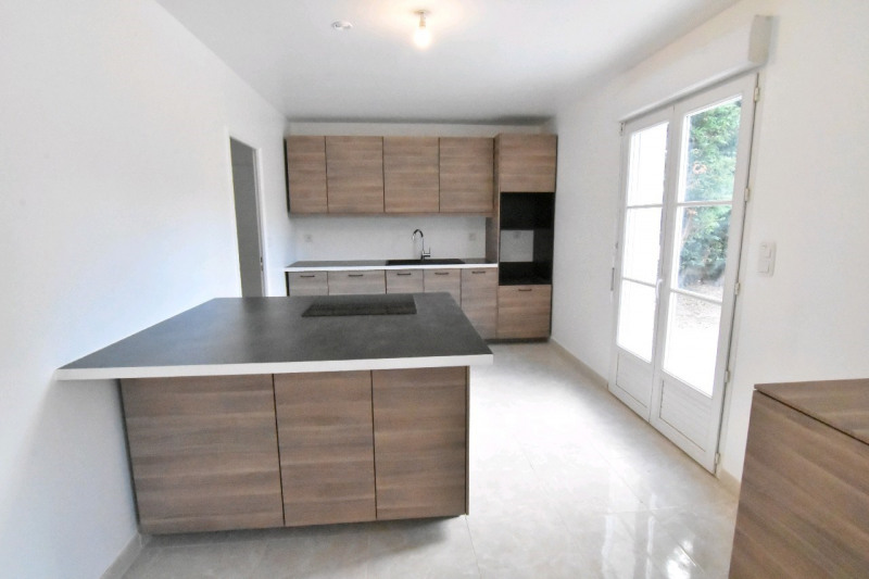 Sale house / villa Persan 439000€ - Picture 2