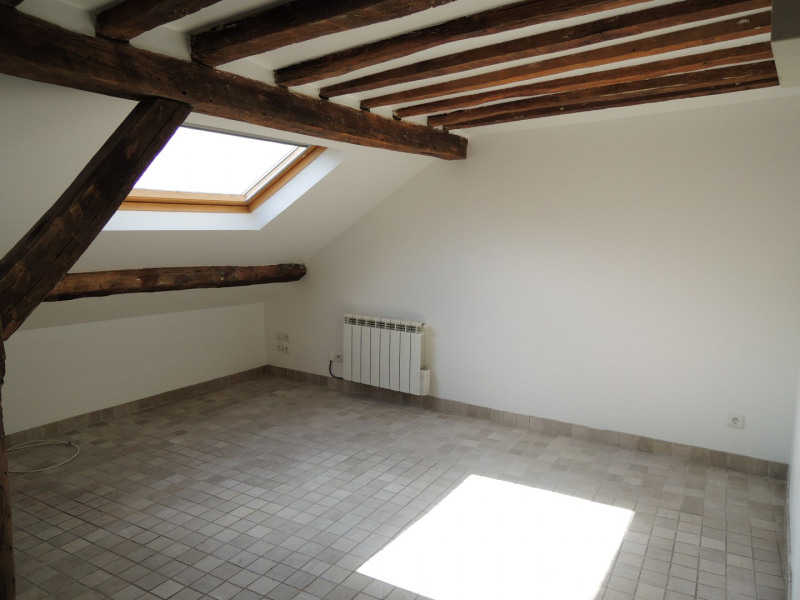 Location appartement Paris 9ème 1 136€ CC - Photo 3