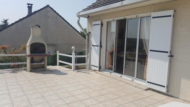 Sale house / villa Bornel 287000€ - Picture 2
