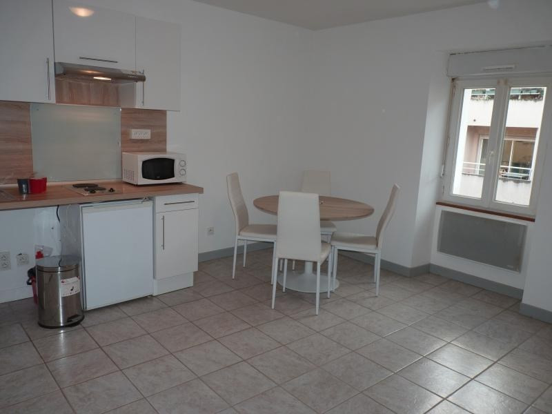 Rental apartment Roche-sur-yon 404€ CC - Picture 2