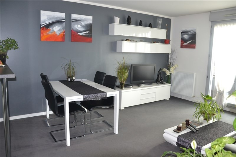 Sale apartment Osny 224700€ - Picture 2